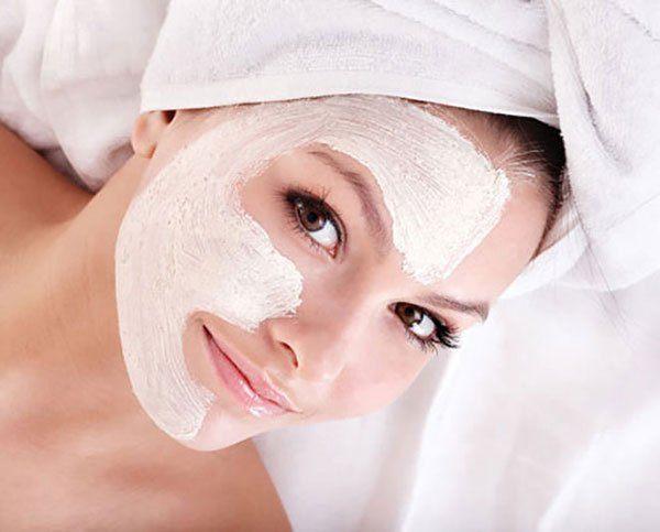 Đắp mặt nạ bằng vitamin E và sữa chua tốt cho da