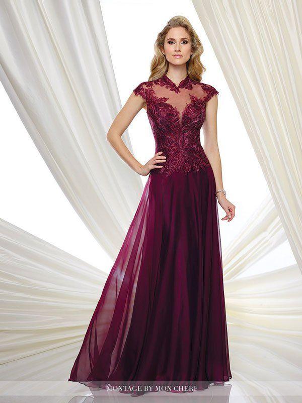 Đầm dự tiệc màu tím tăng thêm vẻ mặn mà
