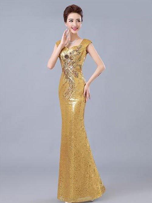 Phụ nữ trung niên luôn thích màu vàng