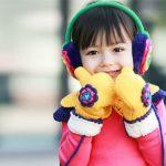Cách mặc ấm cho trẻ vào mùa đông để không bị lạnh khi đến trường